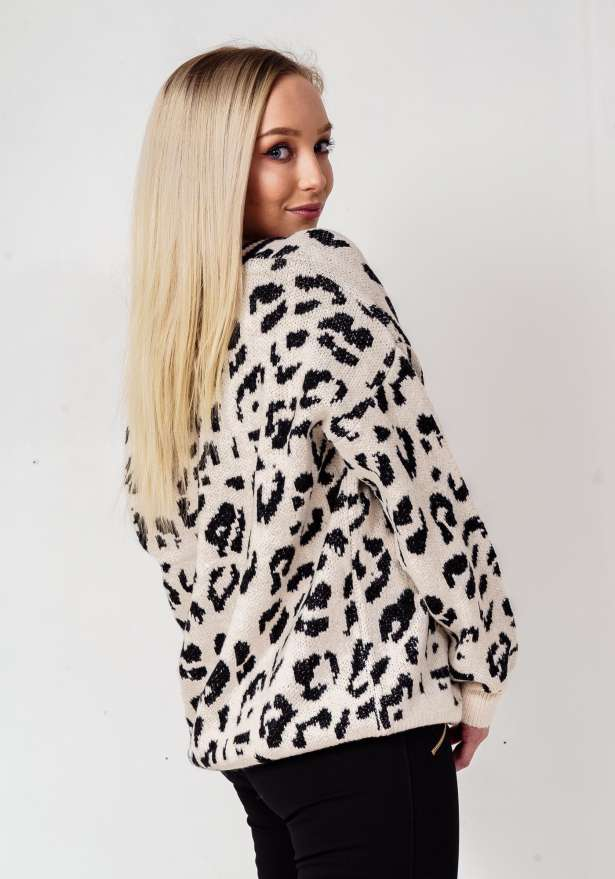 Comfy Leopard Sweater In White